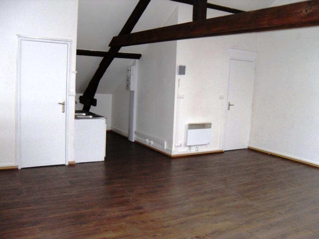 Location beau studio d 39 environ 39 m proximit axes autoroutiers toyota - Garage petit sains en gohelle ...