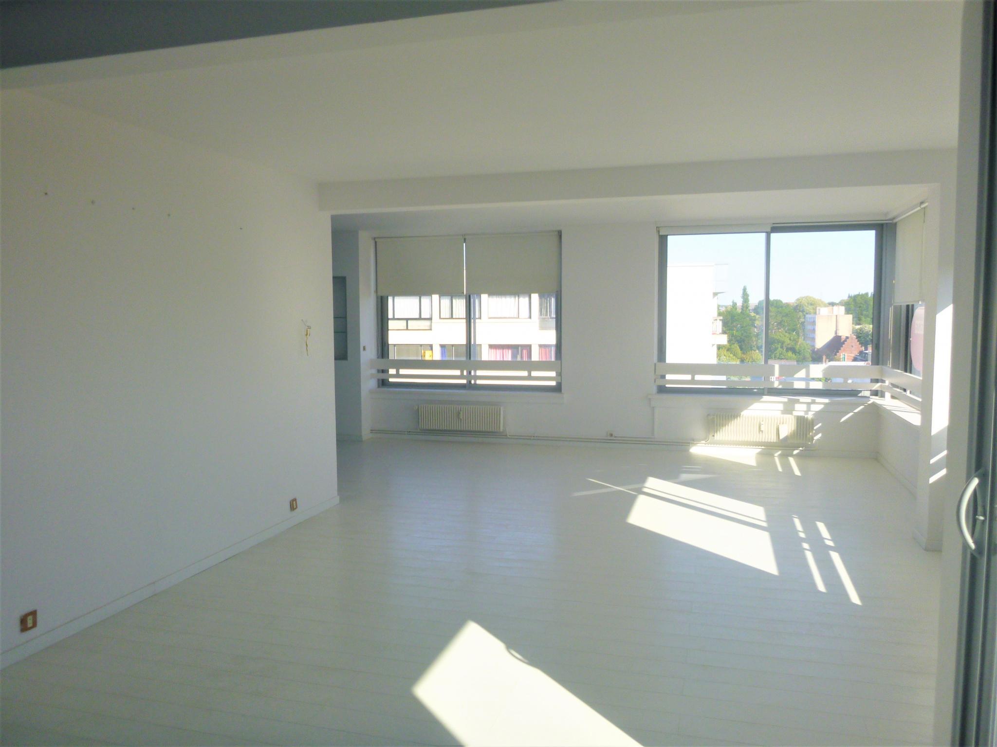 Appartement 188m² centre ville Valenciennes 322000€ FAI   contact Annie CAILLIER 0683162981